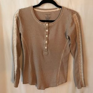 Tee Henley Knit Tan and Cream